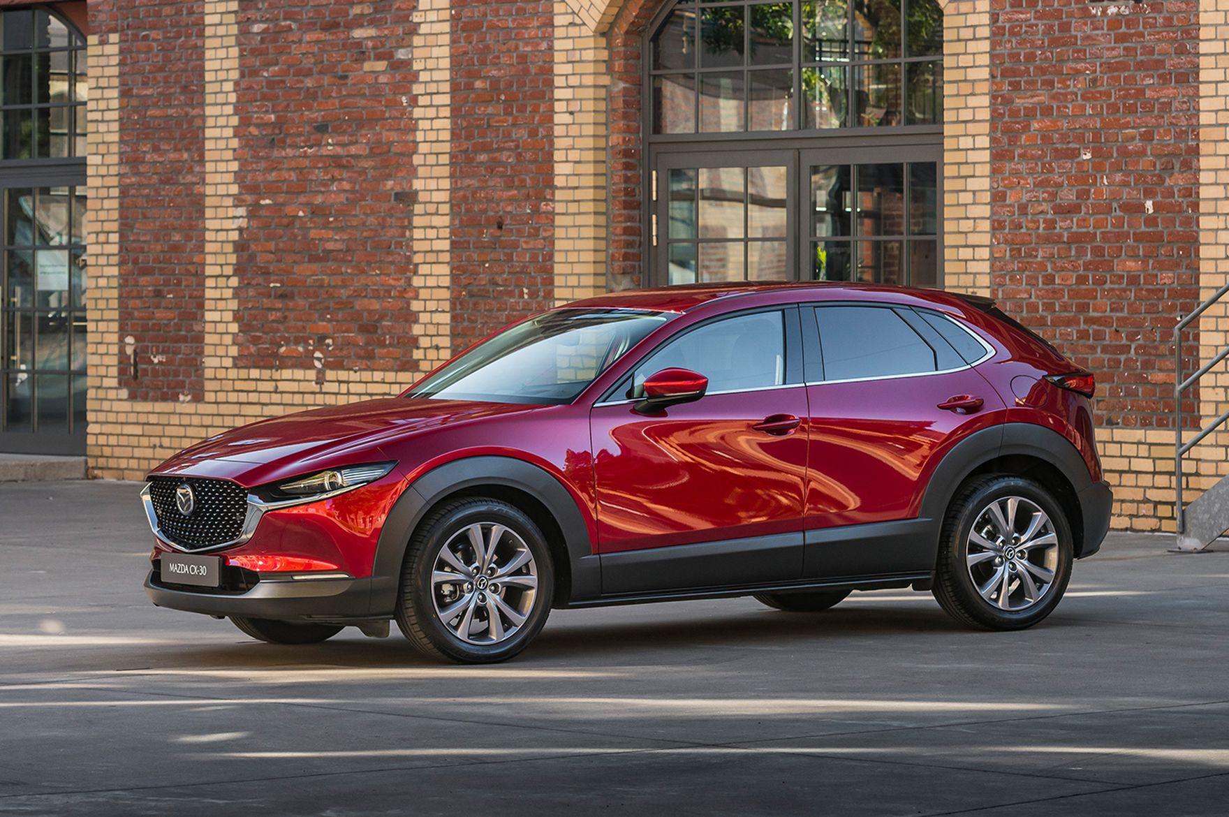 Styl w nowoczesnym opakowaniu. Co oferuje Mazda CX-30?