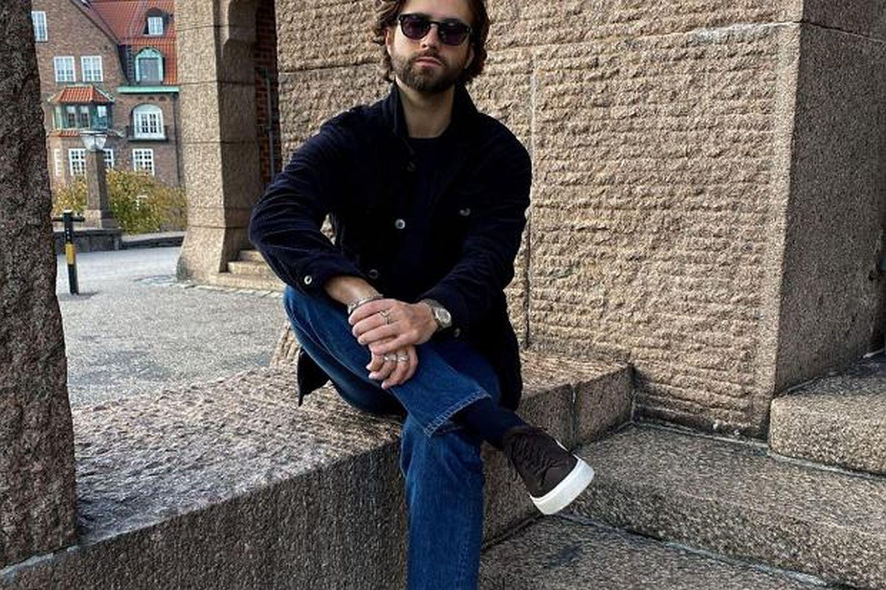 Te czarne sneakersy to hit na jesień dla panów! Stylowe, na każdą pogodę, już od 59 złotych!