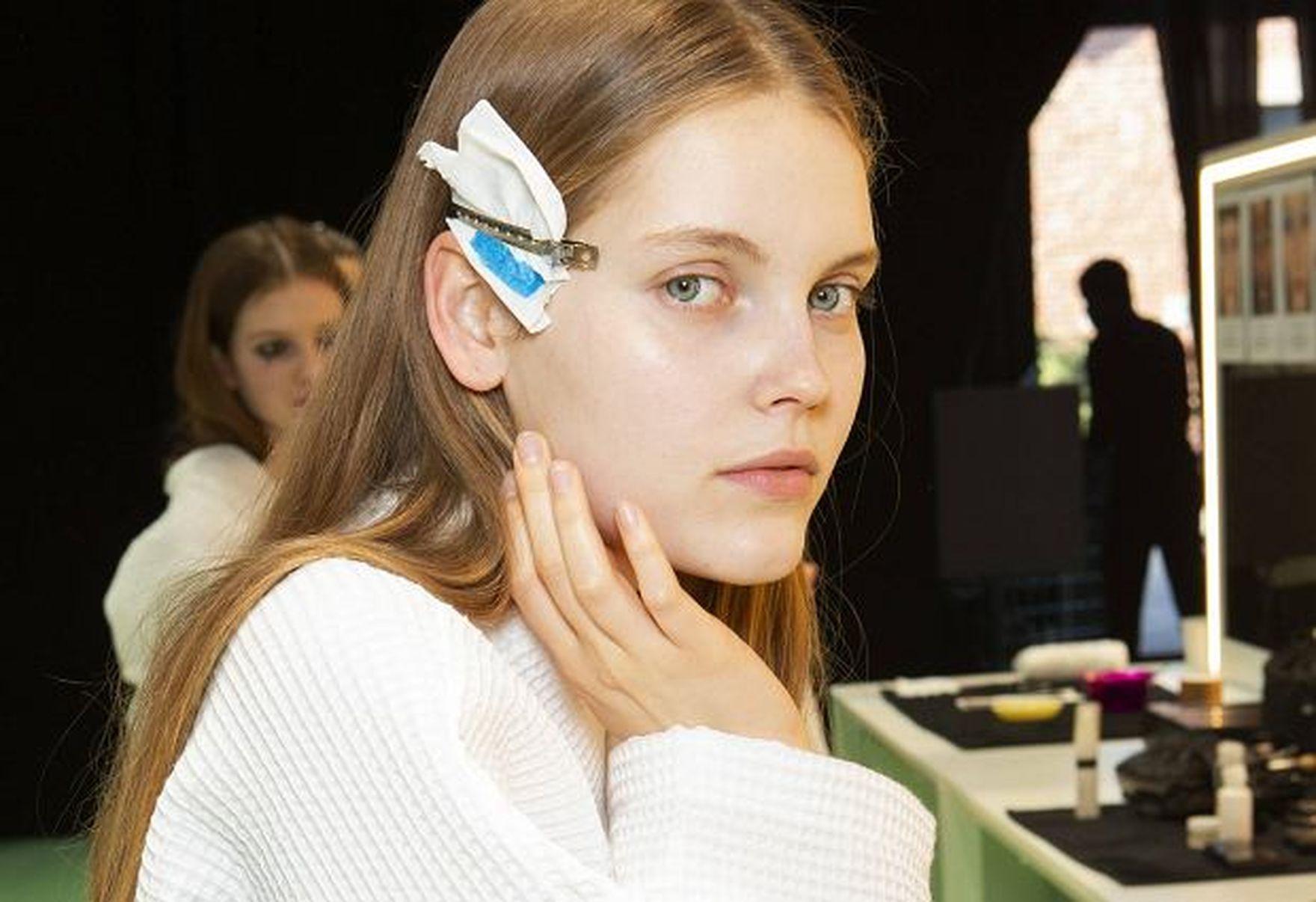 Drożdżowe odżywki do włosów? A może test szminek za pomocą filtra na Instagramie? Odkrywamy nowości kosmetyczne