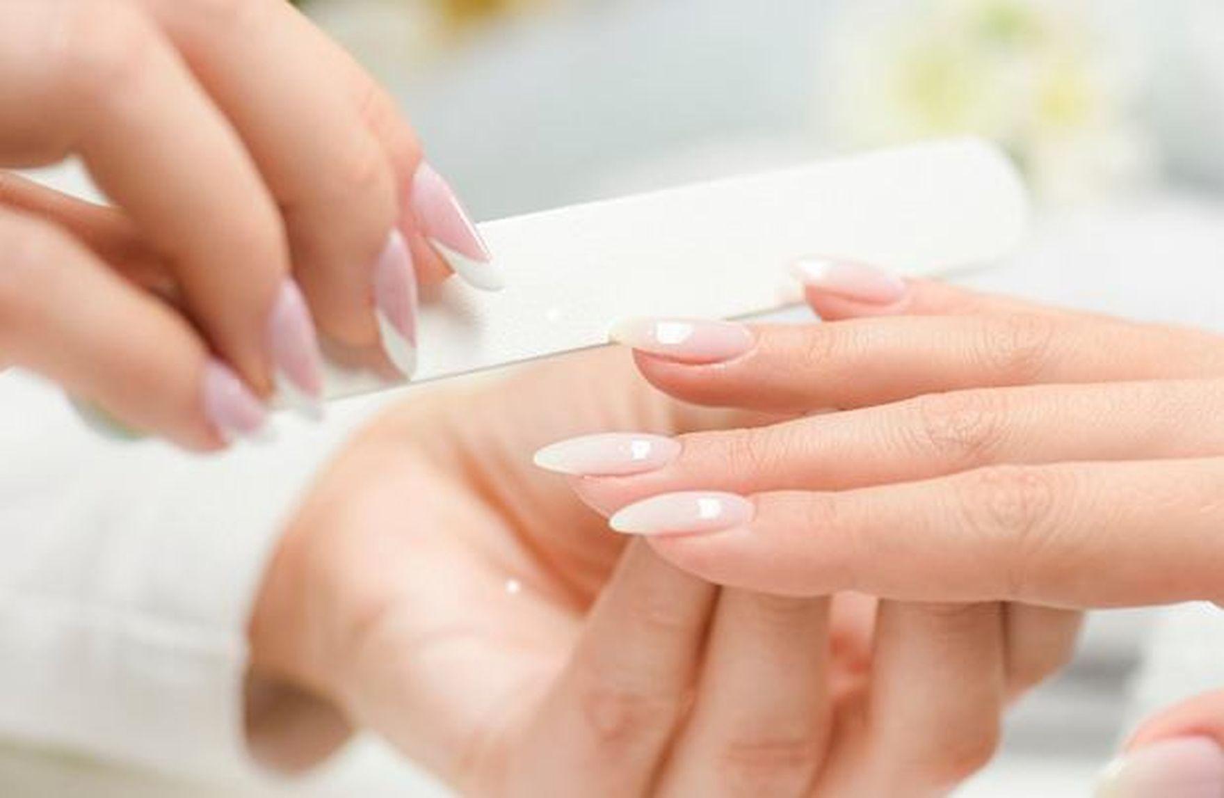Markery do paznokci: łatwy i szybki sposób na domowy manicure