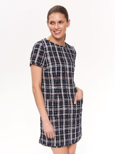 Sukienka z grubszej tkaniny