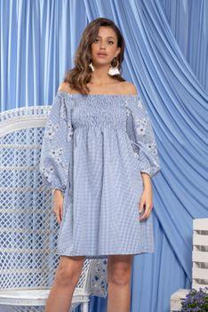 Błękitna Haftowana Sukienka w Krateczkę z Hiszpańskim Dekoltem