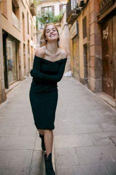 MUUV - Sukienka Off Shoulder