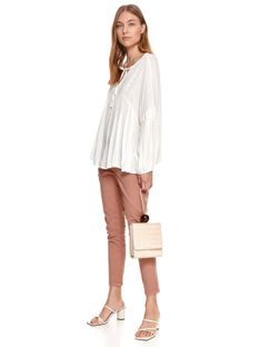 Bluzka damska z bufkami z tkaniny plumetti