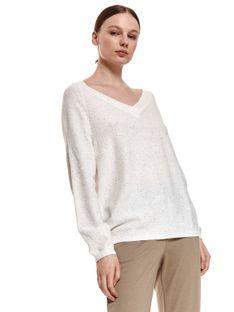 Sweter w serek z drobnymi cekinami