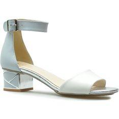 Sandały damskie białe Kordel eleganckie ze skóry z klamrą