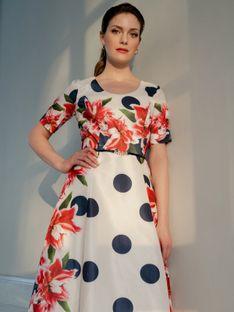 Wizytowa różowa sukienka w kwiaty i grochy Potis & Verso PETUNIA