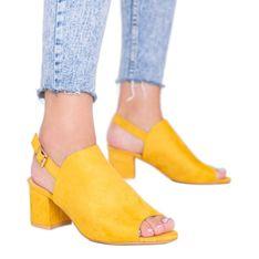 Musztardowe sandały na słupku z cholewką Blubbery żółte
