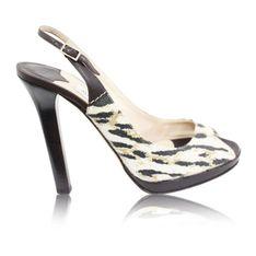 Płócienne sandały z paskiem