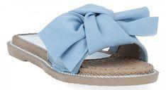 Givana Modne klapki damskie z kokardą Błękitne (kolory)