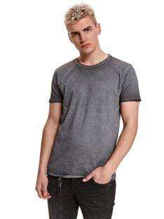 T-shirt z efektem sprania