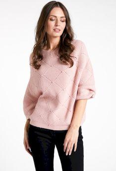 Luźny sweterek z koralikami