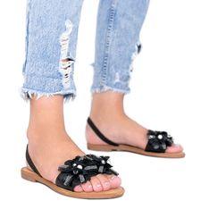 Czarne sandały z kwitkami Tristan
