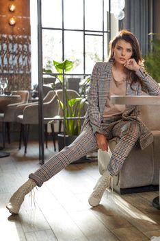 Spodnie w Kratę ze Zwężanymi Nogawkami - Granatowe
