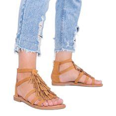 Camelowe sandały ozdobione frędzelkami Noronha brązowe