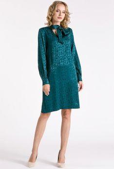 Sukienka z subtelnym wzorem