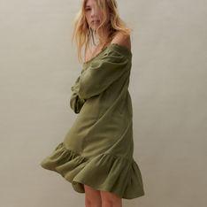 Reserved - Sukienka z odsłoniętymi ramionami - Zielony