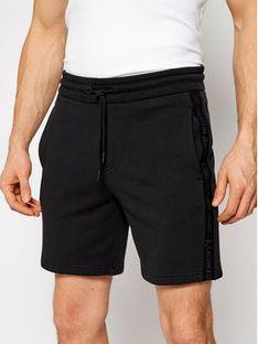 Calvin Klein Jeans Szorty sportowe J30J317377 Czarny Regular Fit