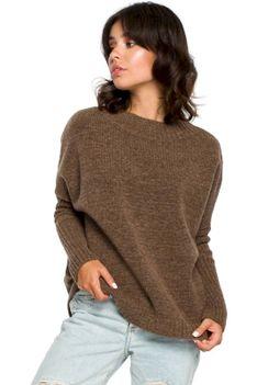 Karmelowy Oversizowy Sweter z Niewielką Stójką