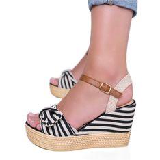 Czarno białe sandały na koturnie z kokardką Holiday Vibes czarne
