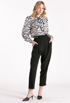 Szerokie materiałowe spodnie