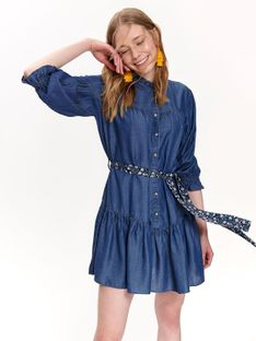Sukienka z bufiastymi rękawami i falbanami