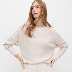 Reserved - Sweter z dekoltem w łódkę - Beżowy