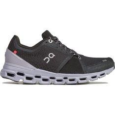 Czarne buty sportowe damskie On Running na wiosnę na płaskiej podeszwie