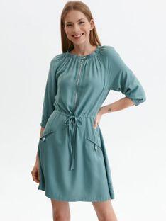 Luźna sukienka z marszczeniami i wiązaniem w pasie