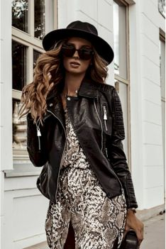 Ramoneska kurtka  z eko skóry czarna Roxana