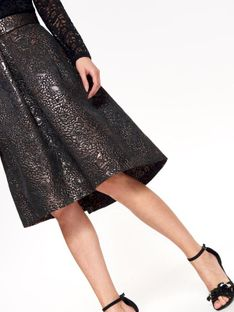Elegancka spódnica z żakardu w kolorze miedzi