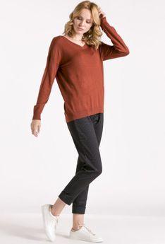 Oversizowy sweter z ozdobnym tyłem