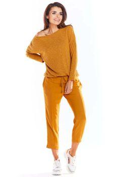 Kamelowy Dzianinowy Sweter w Łódkę o Kroju Oversize