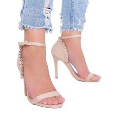 Beżowe sandały na szpilce z falbanką Good Night beżowy