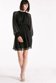 Zwiewna sukienka ze stójką