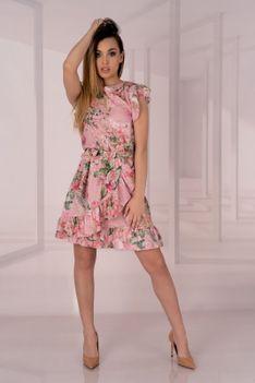 Różowa Sukienka w Kwiaty z Falbankami