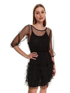 Tiulowa sukienka z falbaną i gumą w pasie