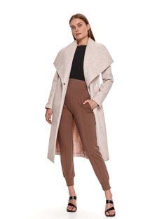 Elegancki taliowany płaszcz z szerokimi klapami