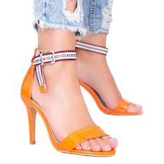Pomarańczowe sandały na szpilce Michela