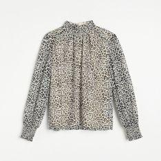 Reserved - Zwiewna bluzka ze zwierzęcym printem - Beżowy