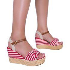Czerwono białe sandały na koturnie z kokardką Holiday Vibes czerwone