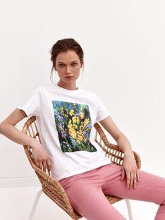 T-shirt damski z nadrukiem w kwiaty