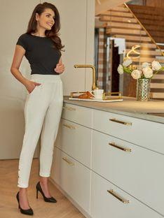 Damskie białe spodnie dresowe z ozdobnymi nogawkami L'AF ROKEL
