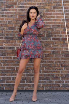 Lekka Sukienka z Falbankami w Czerwone Kwiatki