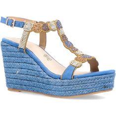 Sandały damskie Menbur na platformie z klamrą letnie