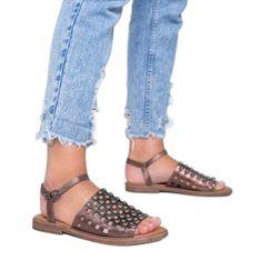 Brązowe metaliczne sandały z ćwiekami Luxy