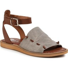 Sandały damskie brązowe Nessi bez obcasa casual letnie z klamrą