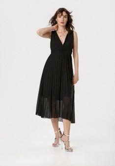 Czarna Sukienka Dorealure