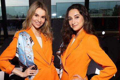 Nowe uniformy dla stewardess SkyUp. Wygoda i styl mogą iść ze sobą w parze!