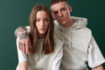 #couplegoals według Reserved - nowa kolekcja unisex zachęca do wymiany ubraniami